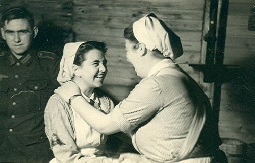 5-Two-German-Red-Cross-DRK-Nurses-Greet-Each-Other